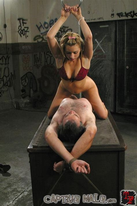 Lexi belle dominates her submissive man porn video jpg 531x800